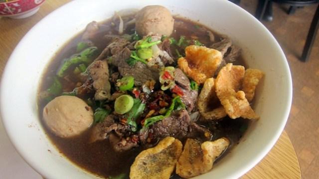 thai boat noodles at sapp coffee shop
