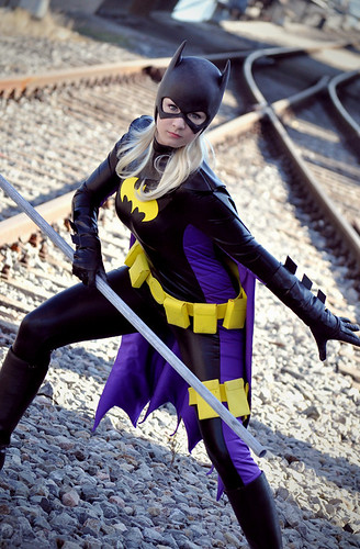 Batgirl Stephanie Brown V Cosplay1