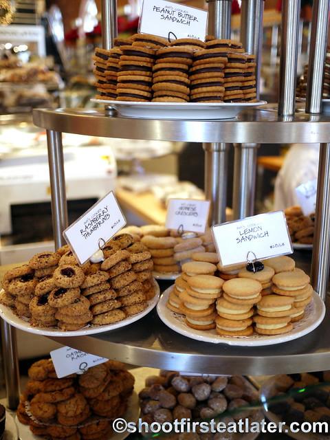 Dean & Deluca Georgetown DC- cookies 2