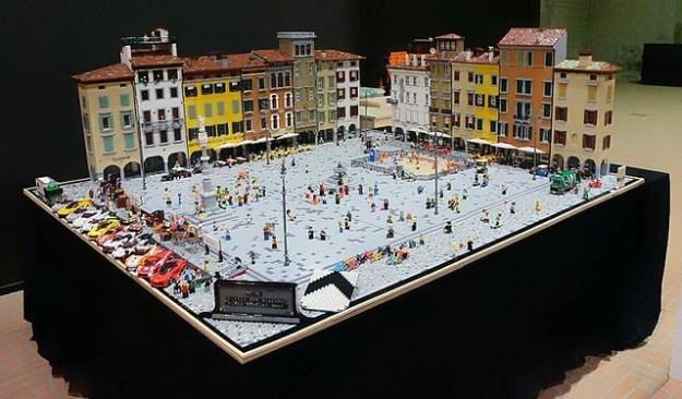 Lego San Giacomo Square