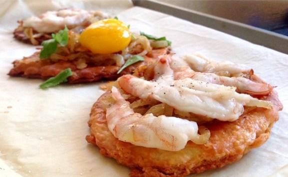 shrimp and onion tartes fines