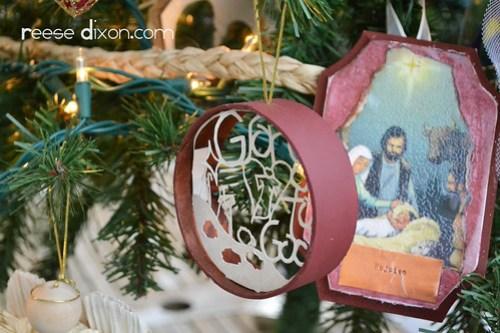 Nativity Tree 4