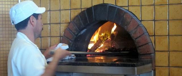 cooking da pizza at pizzeria mozza
