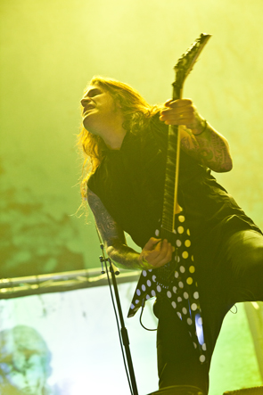 machine head 13