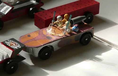 Jamie\u0027s Main Blog Jude\u0027s Star Wars landspeeder Pinewood Derby car