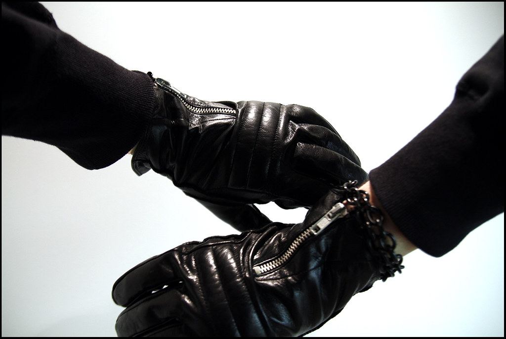 Tuukka13 - New Bracelets and Leather Gloves with Zipper Details - 5