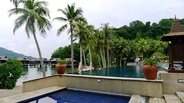 Pangkor Laut Resort swimming pool