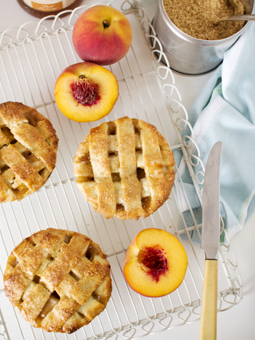 peach and bourbon pie