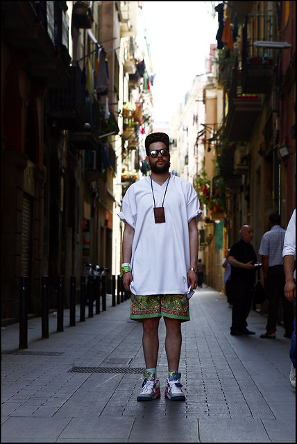 Tuukka13 - WDYWT - The Ultimate Festival Look - Sonar, Barcelona 2012 - Nike x Union 180 Air Force, Polo Paisley Shorts, Oversized White V Neck, Neckpouch, Mirror Sunglasses and Supreme Leopard Camp Cap - 4