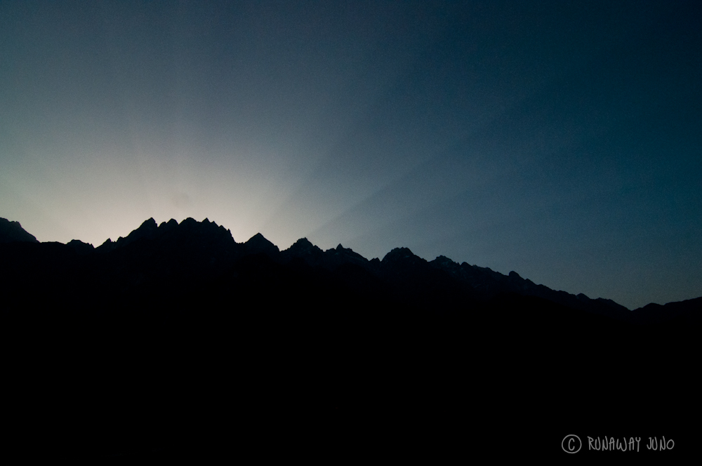 Before Sunrise at Tiger Leaping Gorge