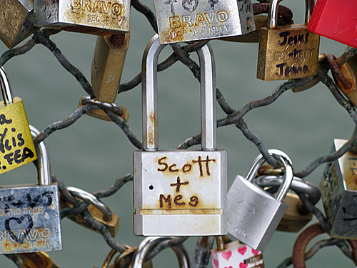 scott and meg - Pont des Arts, Paris