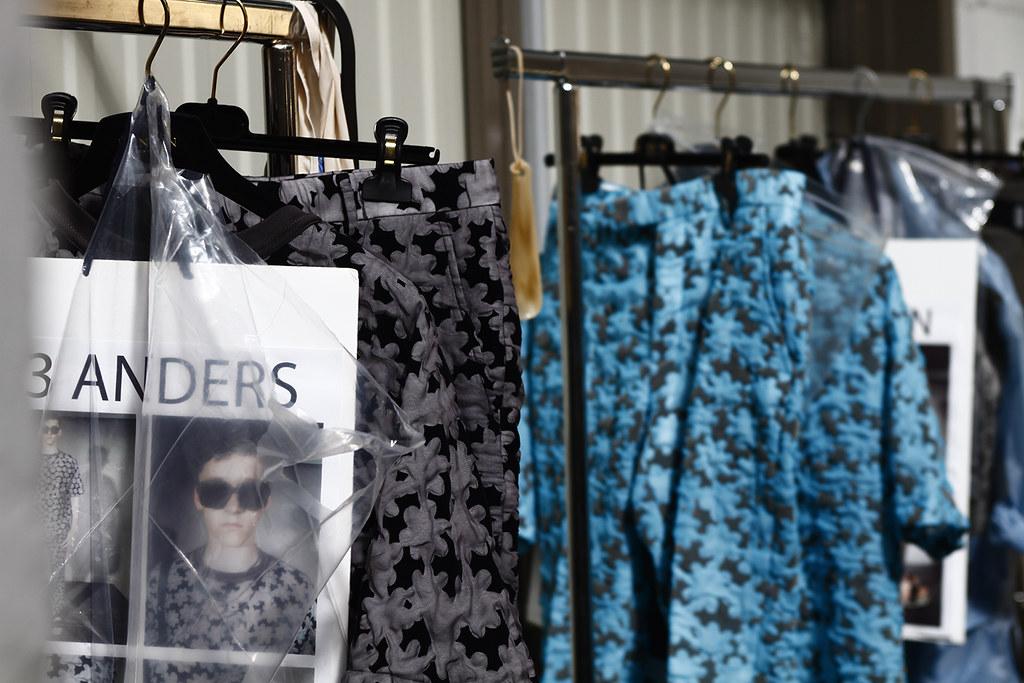 2012_07_01 Lanvin SS 13 Menswear Show Backstage - Paris Mens Fashion Week - Hypebeast Exclusive - Tuukka Laurila - 37