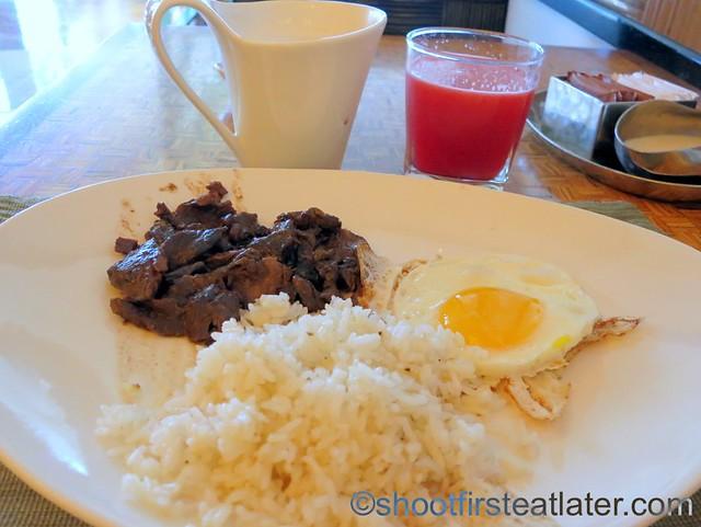 Shangri-La Mactan breakfast buffet at Tides-019