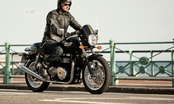 Triumph Thruxton 2014