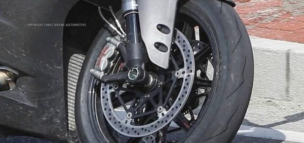 Ducati 1199 Panigale 2014 foto espía 08