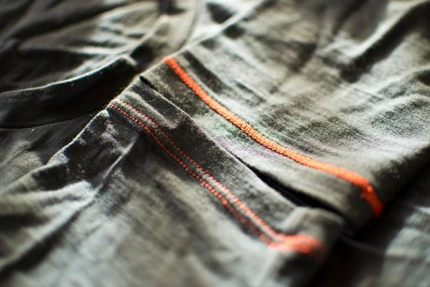 Icebreaker Anatomica Long Sleeve Crewe Cuff Details