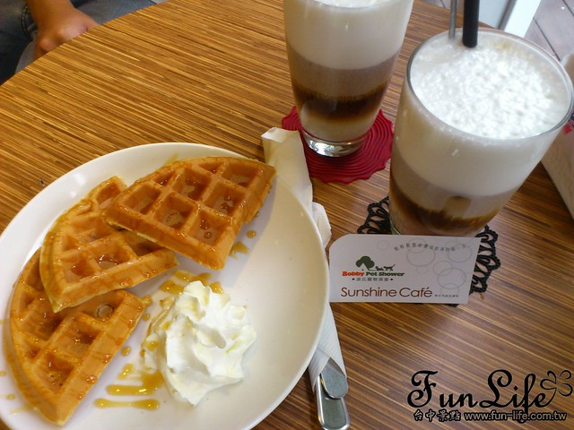 台中咖啡館>台中寵物咖啡館-Sunshine Cafe~