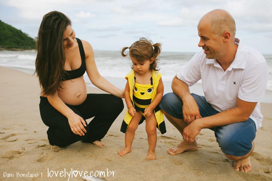 danibonifacio-lovelylove-fotografia-gestante-gravida-praia-ensaio-foto-book-balneariocamboriu-familia-infinityblue-31