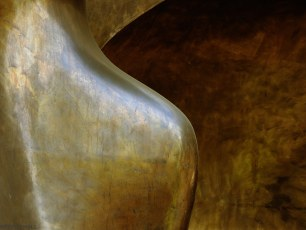 Bronze Curves