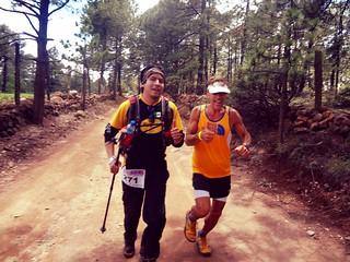 Dean Karnazes y Mauricio Segura - Ultramaratón de los Cañones Guachochi 2013