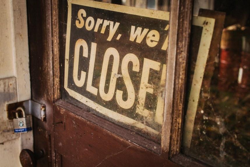 Abandoned Farm: Closed