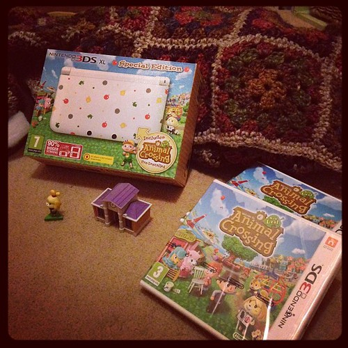 Pocket money, sponsored posts, hoarded game points and a big pile of trade ins. 5 happy girls! #animalcrossing