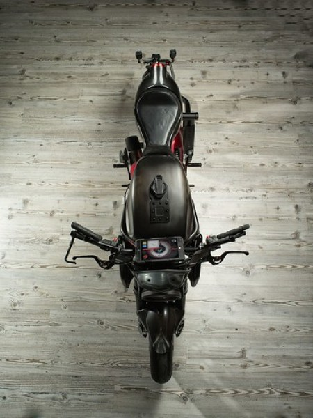 Brutale One por Officine GP Design 12