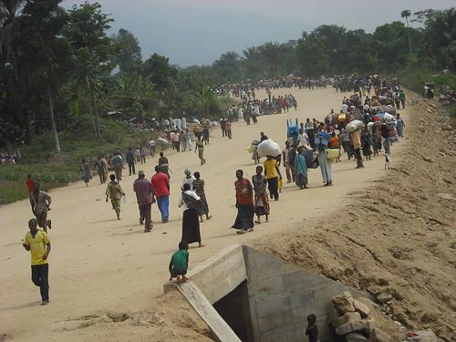 congo refugees flee to uganda