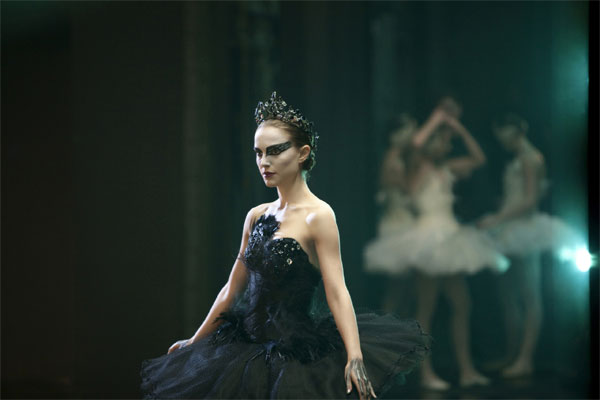 halloween-blackswan-reference-103013