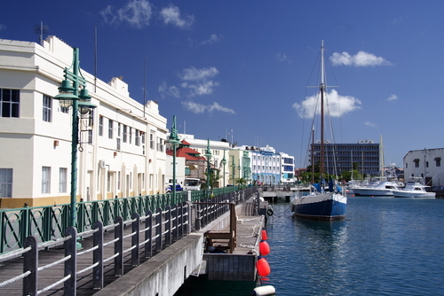 Bridgetown: La Capital y Unica Ciudad de Barbados