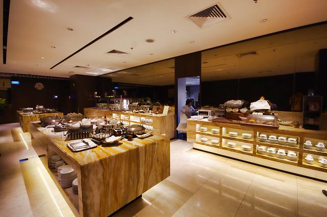 buffet spread at silverkris lounge in changi airport terminal 2