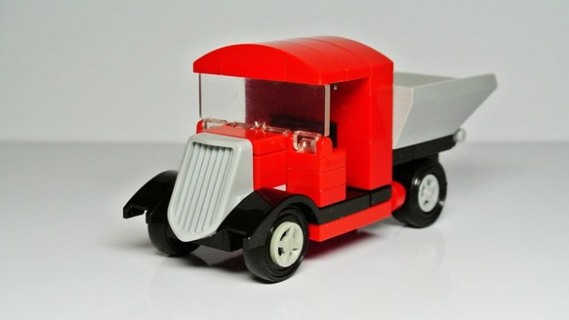 Small Vintage Lego Lorry (My Own Creation)