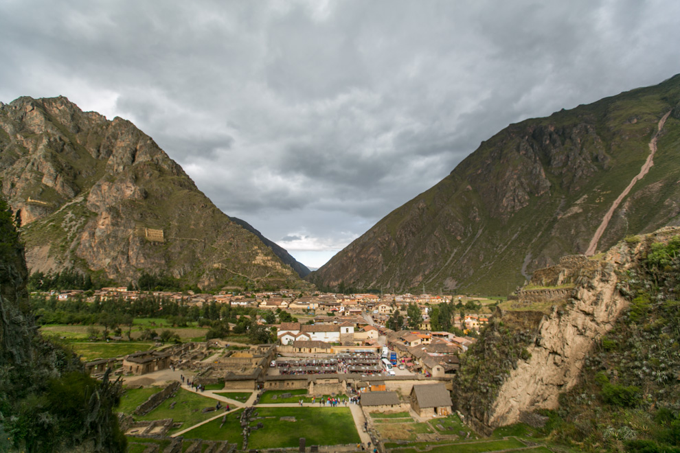 Pizac es una actracción turística por el sitio arqueológico incaico que forman parte junto con Ollantaytambo y Machu Pichu del circuito arqueológico del Cuzco, que lo hacen la mayor fuente de ingreso del pueblo, aparte de la agricultura de subsistencia. (Tetsu Espósito)