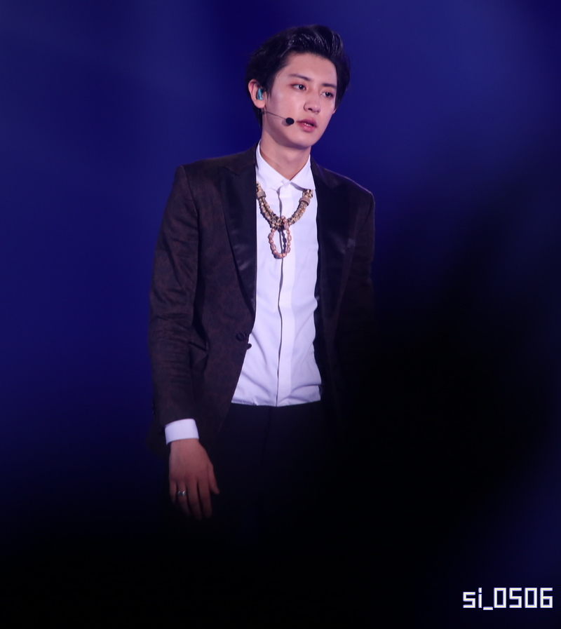 141112 EXO The Lost Planet in Fukuoka - Chanyeol EXO Pinterest - u form küchen