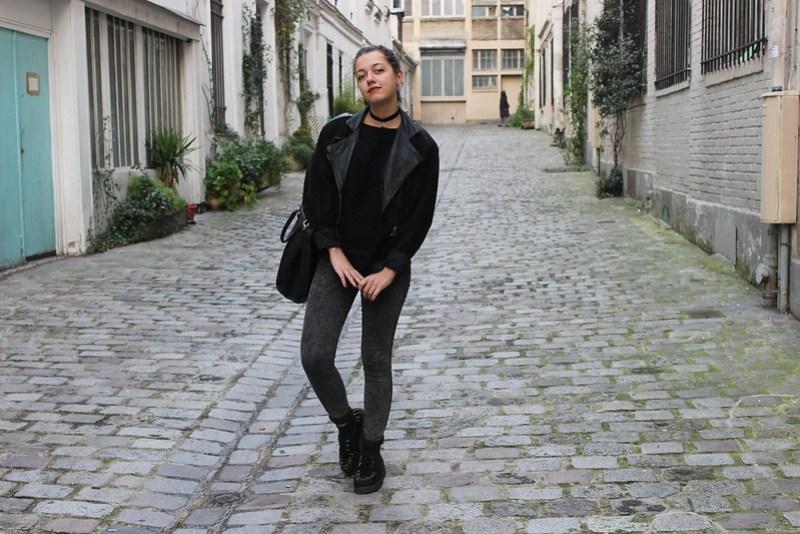 look veste en cuir vintage friperie et ras de cou