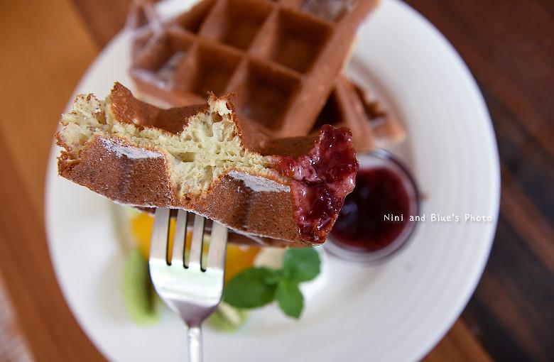 台中早午餐推薦冰滴咖啡插座餐廳胖達15