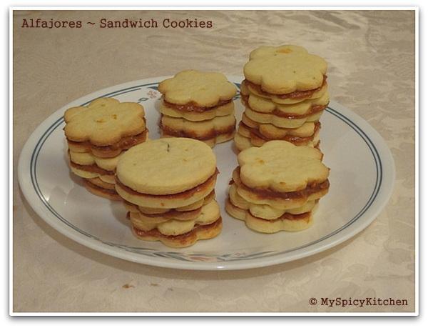 Alfajores, Dulce de Leche Sandwich Cookies
