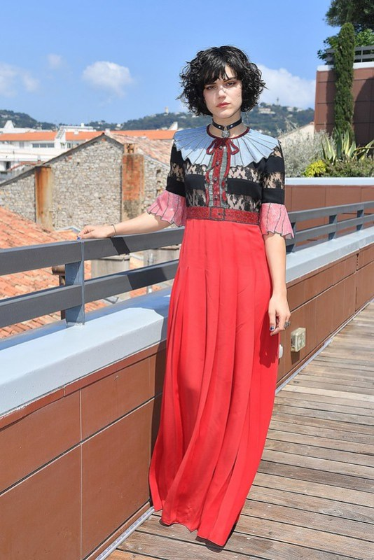 ss02-Soko-cannes-red-carpet-best-dressed-2016-day-7