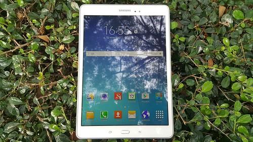 ด้านหน้าของ Samsung Galaxy Tab A 9.7