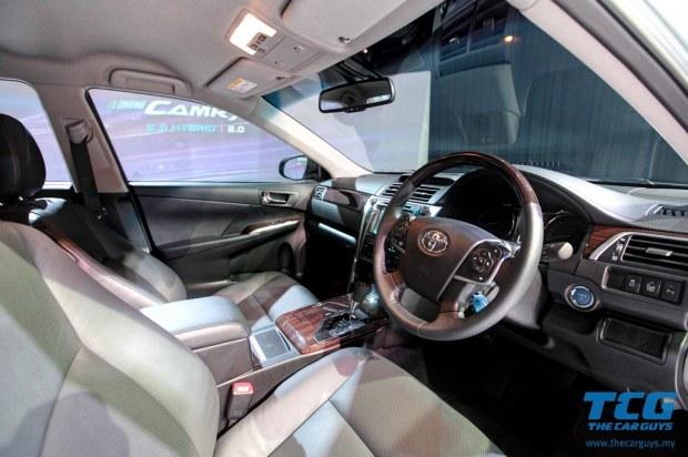2015 Toyota Camry (18)