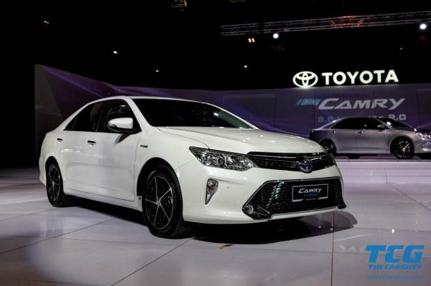 2015 Toyota Camry (12)