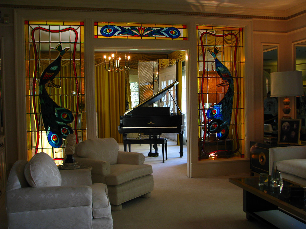 Graceland Wohnzimmer The World S Best Photos Of Elvis And Tv Flickr Hive Mind