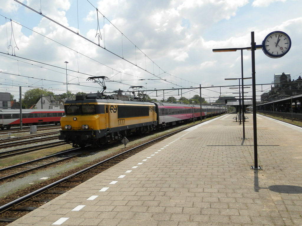 Ns Icr Interieur The World S Best Photos Of Icr And Maastricht Flickr Hive Mind