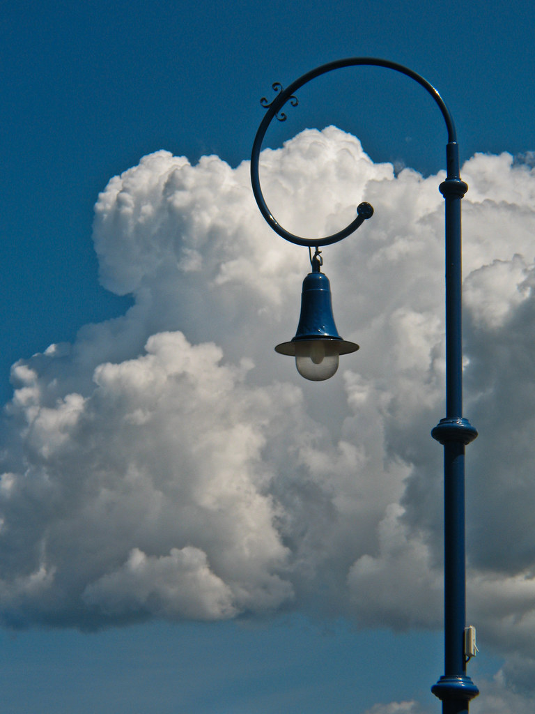 Lampe Wolke The World S Best Photos Of Lampe And Wolke Flickr Hive Mind