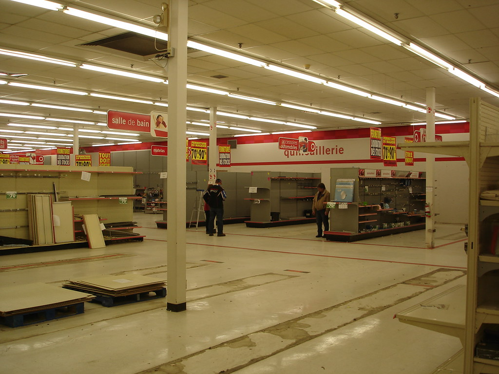 Liquidation World Toronto The World 39s Best Photos Of Target And Zellers Flickr