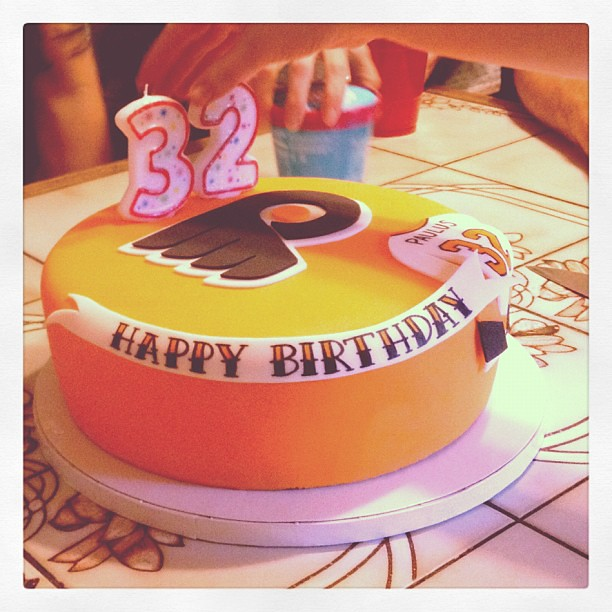 Pin Rachels Flyers Cake Rachfaced Philadlephia Birthday Cake on