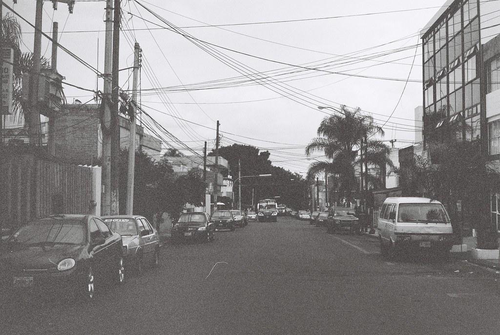 Tuukka13 - 35mm Film - 08/2012 - Guadalajara, Mexico - Canon AE-1 & Kodak BW400CN - 000053
