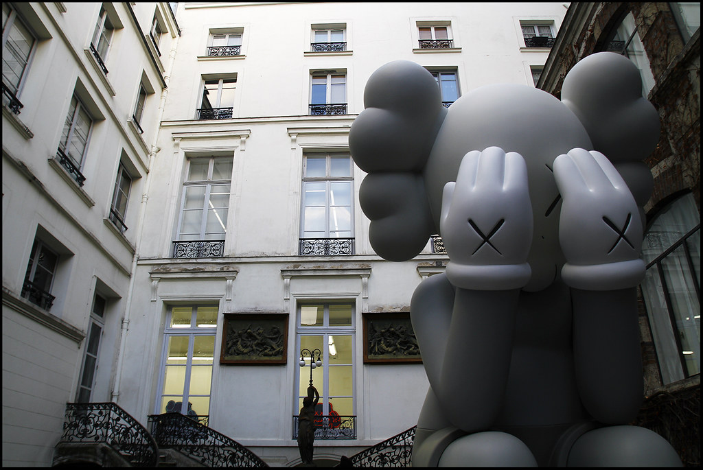 "Tuukka13 - KAWS Exhibition ""Imaginary Friends"" at Galerie Perrotin, Paris - 12.2012 - 1"