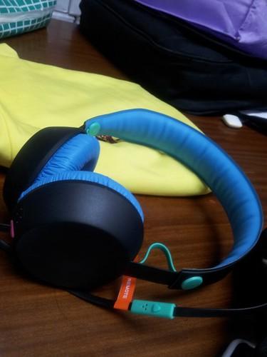 Coloud headphone