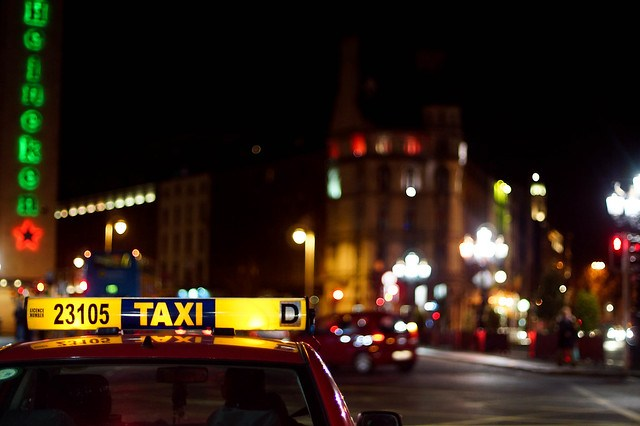 another night time taxi shot.... (142/365)